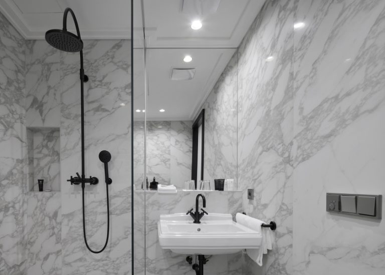 9_840x600_Hotel_Republika