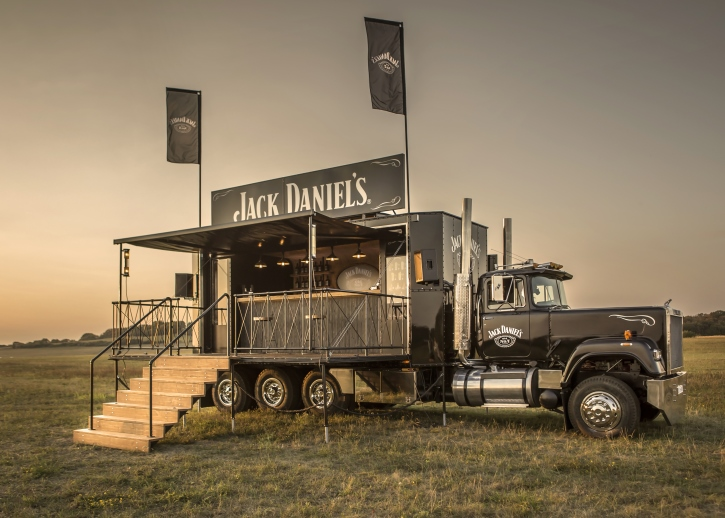 2_725x518_Jack_Daniels_Truck.jpg