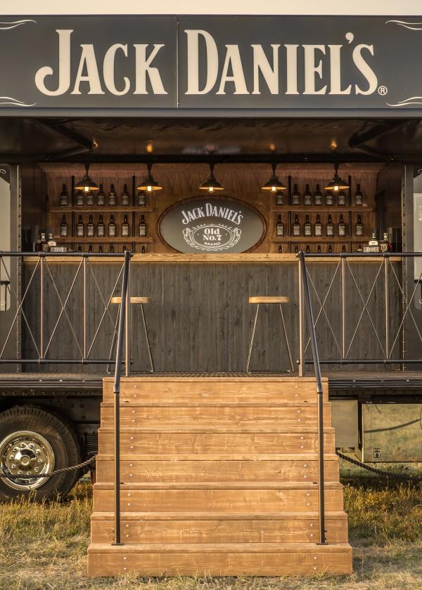 6_600x840_Jack_Daniels_Truck.jpg