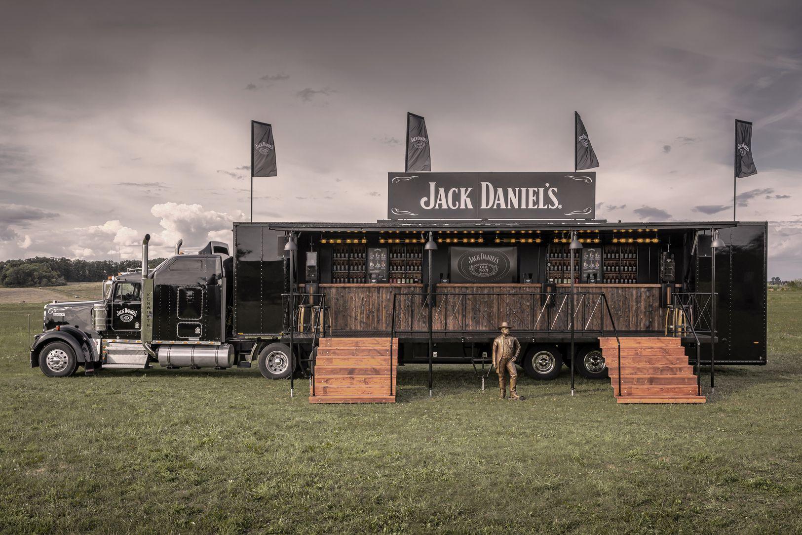 1_1625x1083_Jack_Daniels_Truck-II